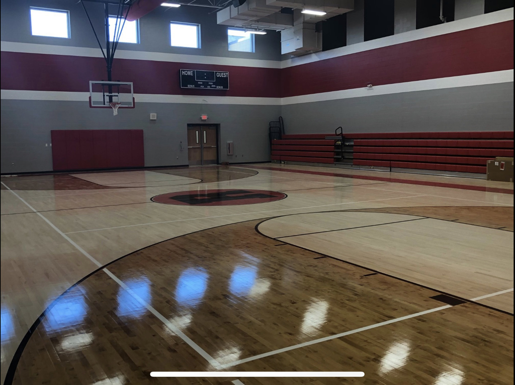Ravenswood Middle School's Gym